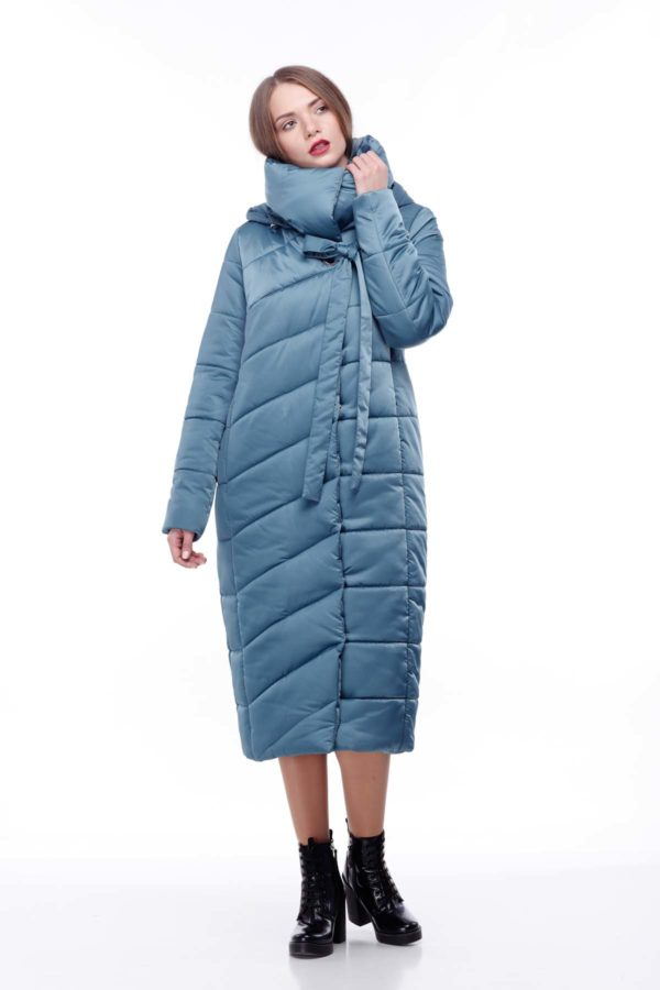 Стеганное пальто удлиненное атлас Вероника зеленый атлас