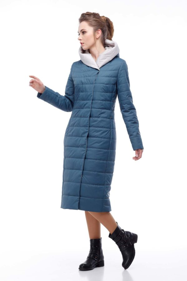 купить стеганое пальто от производителя Сима серо-синий пломбир ful dal