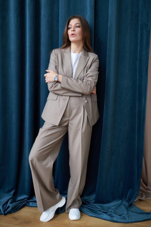 Kostyum ZHyuli 1 600x900 Купить верхнюю одежду оптом