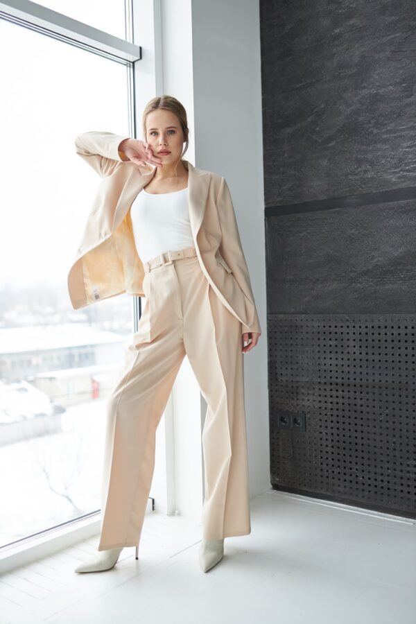 Kostyum ZHyuli 8 600x900 Купить верхнюю одежду оптом